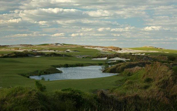 No. 5 on the Red course at Streamsong Golf Resort.