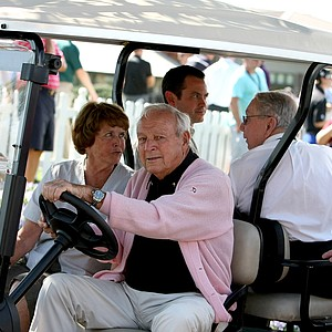 Arnold Palmer makes his way through the crowd on Tuesday of the Arnold Palmer Invitational.