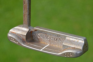 Geoff Ogilvy's Scotty Cameron for Titleist 009 prototype putter is starting to rust, but the Aussie loves the look.