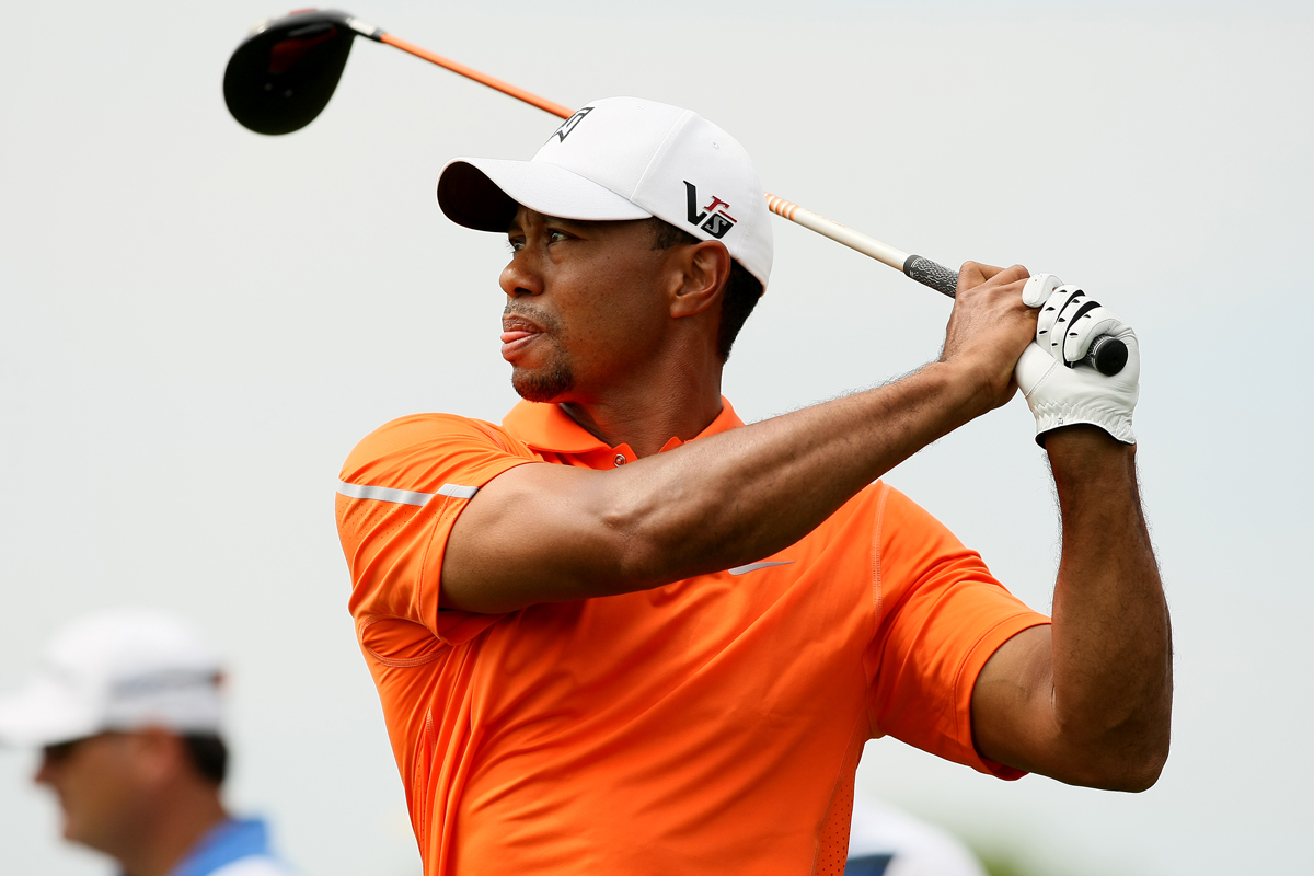 How it happened: Tiger falters late for 2-under 70