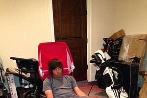 Rickie Fowler takes to a Radio Flyer to show off his #Dufnering skills.
