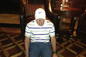 Rory McIlroy doing his version of #Dufnering.