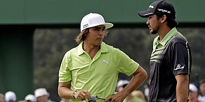 Fowler's wild-ride 1st round ends at 68