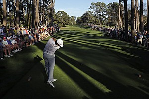 Jason Day, of Australia, tees off on the 17th hole.