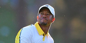 Masters: Woods assessed 2-shot penalty