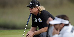 5 Things: Hoffman rises into lead alone