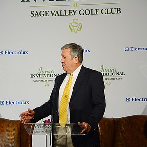 "Marlin ""Cricket"" Musch of Nike speaks to the room during Opening Night at the Junior Invitational at Sage Valley."