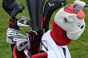 Russell Henley uses Nike VR Pro Full Cavity (3-6) irons and VR Pro Combo short irons.