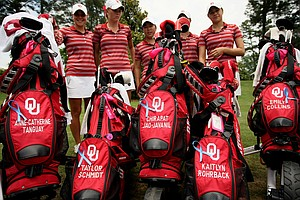 The Oklahoma Sooners bought ribbons in support of tornado victims from Moore, OK, in Round 2 of the 2013 Women's NCAA Championship.