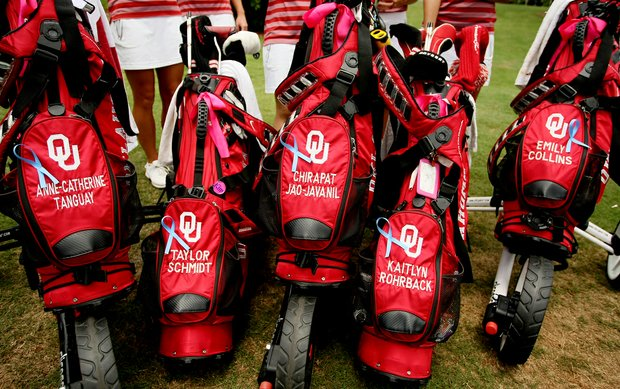 Oklahoma Sooners bought ribbons for their bag in support of the Tornado victims in Moore, OK, in Round 2 of the 2013 Women's NCAA Championship.