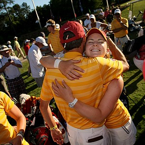 USC's Rachel Morris hugs assistant Justin Silverstein in the final round of the 2013 Women's NCAA Championship.