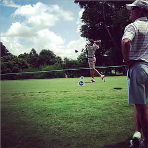Alabama's Cory Whitsett hits his tee ball at the par-4 9th hole at Capital City Club.