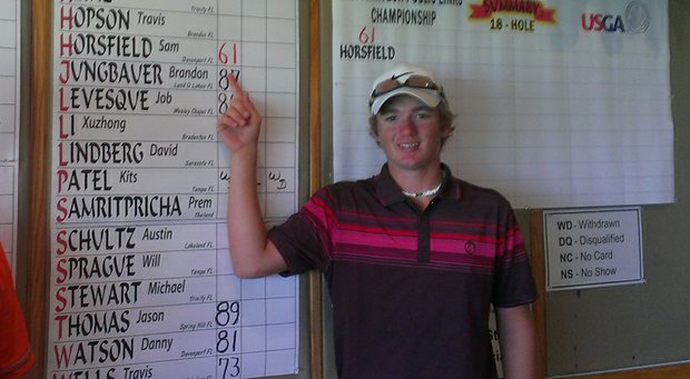 Sam Horsfield opened with 11-under 61 at a two-day U.S. Amateur Public Links qualifier.