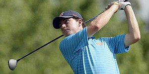 Auburn's Johnson shares lead at Azalea Invitational