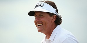 Mickelson hits backwards shot at Muirfield