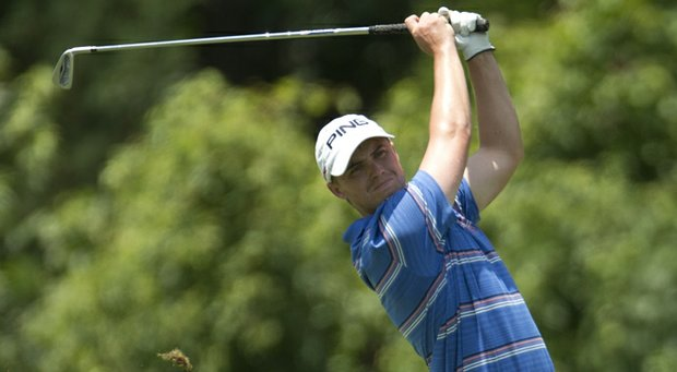 Sam Saunders of New Mexico fired a 4-under 66 in the first round of stroke-play qualifying at the U.S. Amateur Public Links on Monday in Virginia.