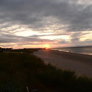 The setting sun at North Berwick.
