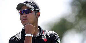 Matsuyama penalized for slow play at Muirfield