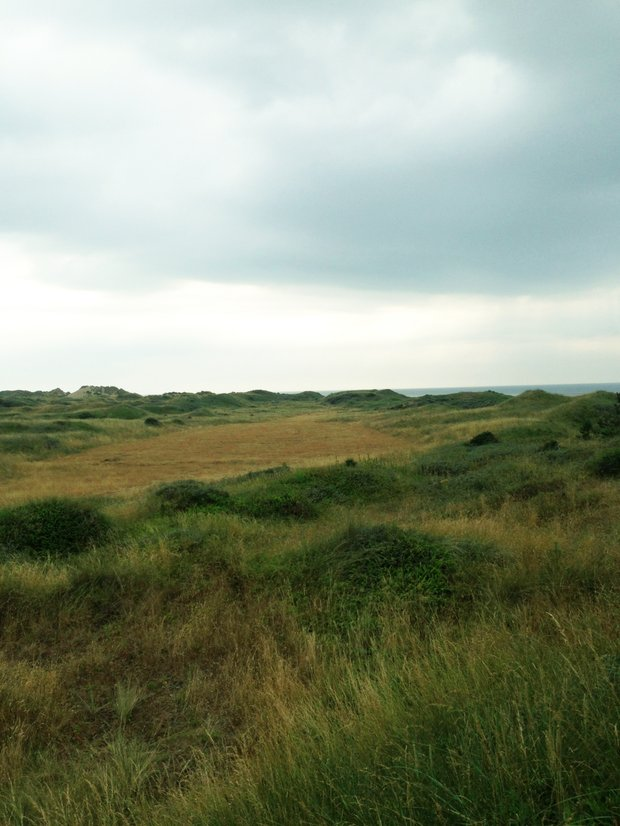The par-3 10th hole at Formby, from a vantage point that allows a view of its old par-4 route.