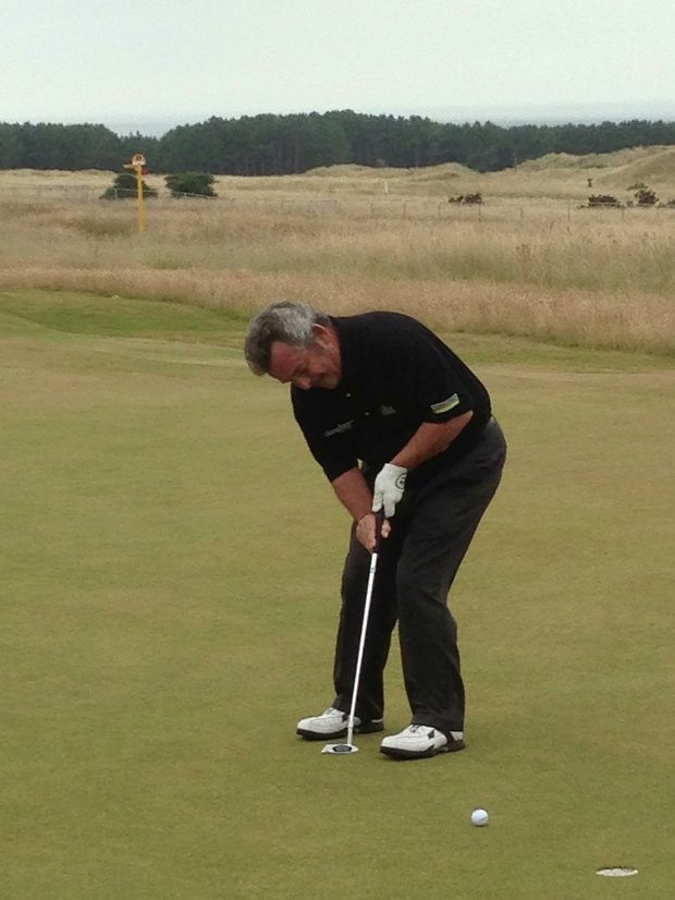 Tony Jacklin putts during a round at Muirfield the day after the 2013 Open Championship.