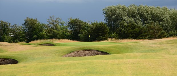 The green at Royal Lytham's fifth hole is well bunkered.