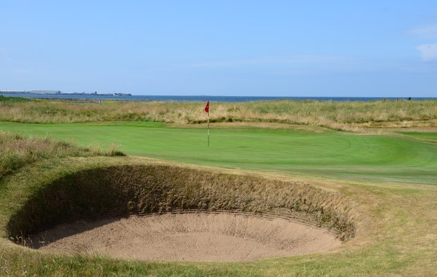 The green on Western Gailes' 12th hole, Dyke.