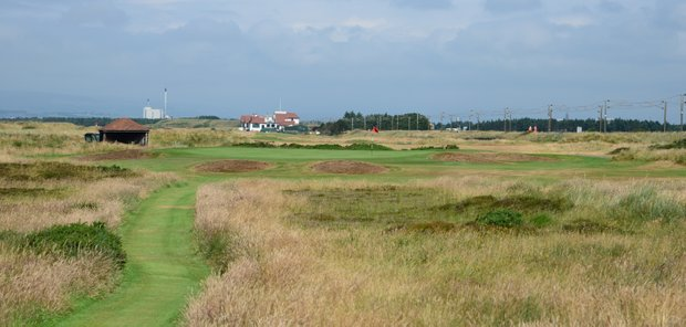 The 15th hole at Western Gailes, a par-3 that is well bunkered and called Heather.