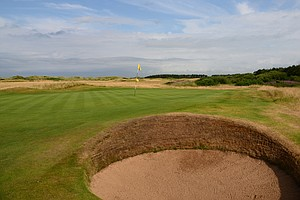 Western Gailes' third hole is called Arran, because of the island off the coast that is in sight, is longer than the first hole but has a lone bunker in the front right.