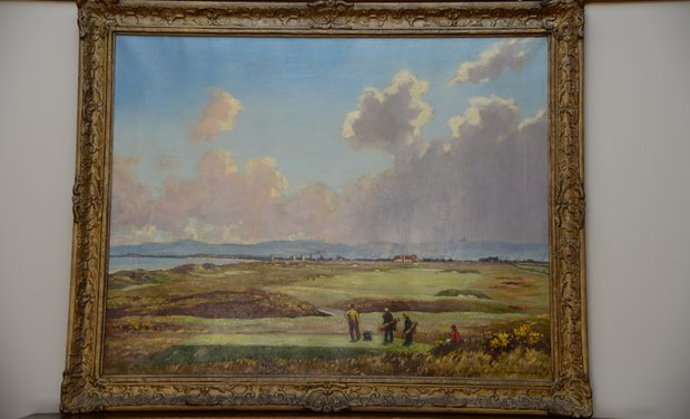 A beautiful painting of Western Gailes hangs in the clubhouse.