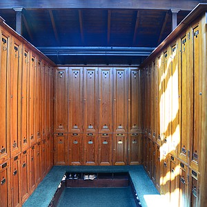 You get a better feel for the club from the Western Gailes locker room. Old wooden lockers take you back to another time.
