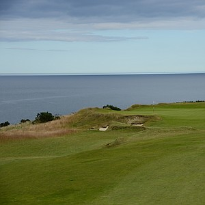 Maiden Rock. The seventh plays along the water and features a spectacular view of the Firth of Forth.  You can see how large the greens are on this course.