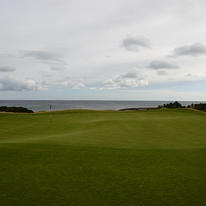The green on the 10th hole at Kingsbarnes offers yet another coastal view.