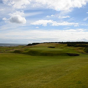 A look at the 18th green at Kingsbarnes in Scotland, from the fairway.
