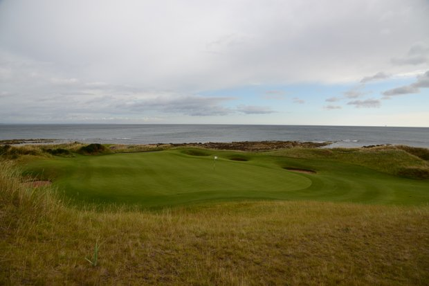 The fifth hole at Kingsbarnes in Scotland gives another view of the coast.