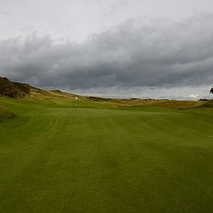 The extremely long green on the short sixth hole at Kingsbarnes.