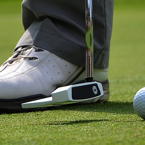 Chris Wood uses an Odyssey Versa #7 putter.