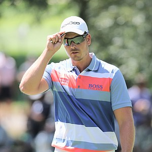 Henrik Stenson waves to the gallery on the first green during the third round of the PGA Championship in Rochester, N.Y.