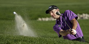 5 Things: Furyk out front as few contend at PGA