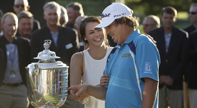 Jason Dufner and his wife, Amanda, after winning the 2013 PGA Championship at Oak Hill.