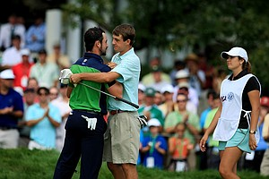 Brady Watt, left, defeated Scottie Scheffler 1 up during the quarterfinals at the 2013 U. S. Amateur at The Country Club.