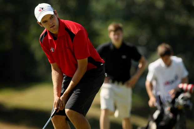 Corey Conners misses his putt at No. 7 during the semifinals at the 2013 U. S. Amateur at The Country Club.