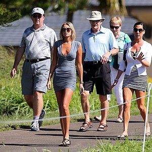 Paulina Gretzky walks along the 17th hole during the final round of the Hyundai Tournament of Champions at the Plantation Course in Kapalua, Hawaii.