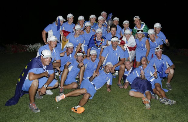 The European team poses after winning the 2013 Solheim Cup at Colorado Golf Club.