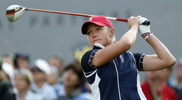 Stacy Lewis withdrew from the CN Canadian Open after the opening round.