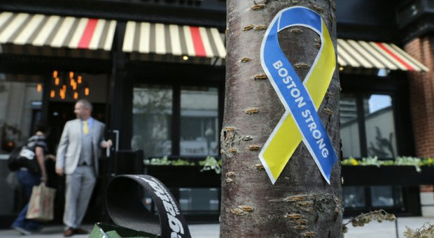 Boston Strong ribbons of blue and gold will be encouraged by the Deutsche Bank Championship for wear by players and caddies.