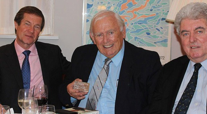 Dave Thomas (center) with George O'Grady (left) and John O'Leary