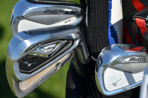 Charles Howell has a Mizuno JPX 825 4-iron mixed in with his MP-64 irons.