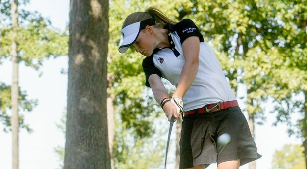 Ball State's Jenna Hague managed slick greens and cold temperature during the first round at the Golfweek Women's Conference Challenge.