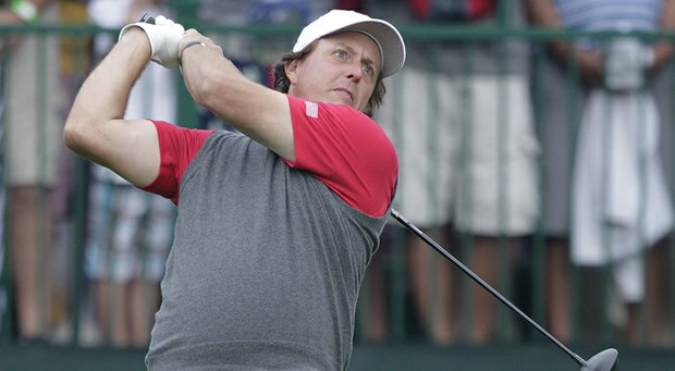Phil Mickelson exercised the flexibility in his Callaway contract as he changed woods several times during the 2013 Presidents Cup.
