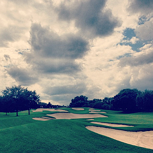 There are a lot of bunkers on the sixth hole at Isleworth Golf and Country Club.